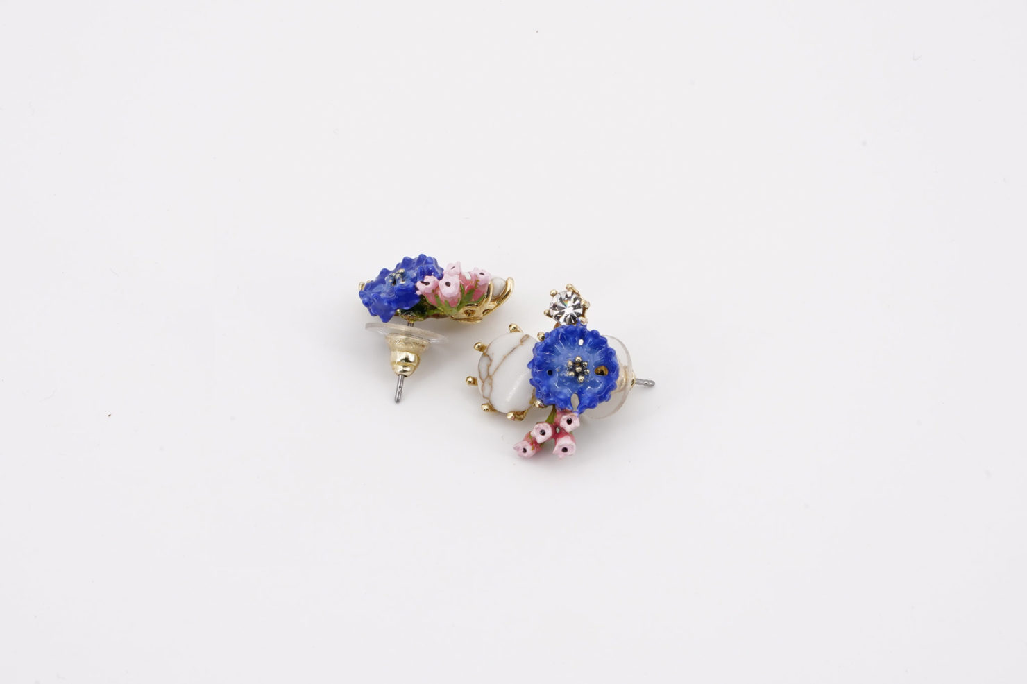 CORNFLOWER ON STONE EARRINGS DANS LA CLAIRIERE COLLECTION LES NEREIDES