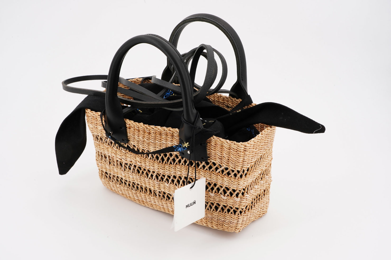 MINI CHARLOTTE FLORA STRAW BAG WITH REMOVABLE POUCH MUUN