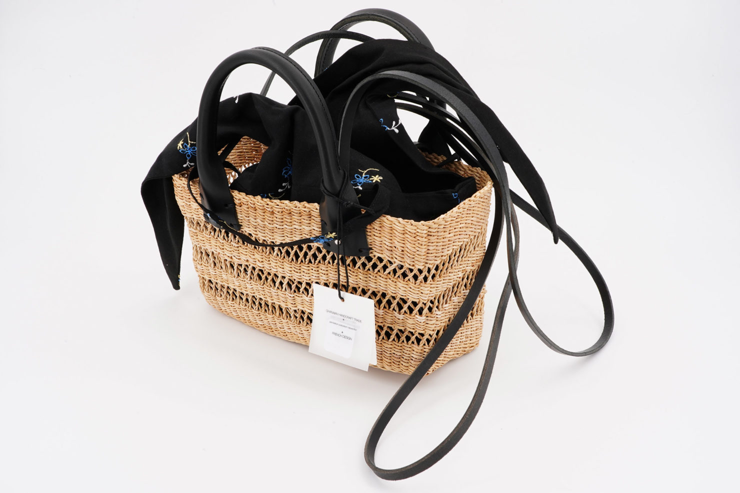 MINI CHARLOTTE FLORA STRAW BAG WITH REMOVABLE POUCH MUUN OPEN