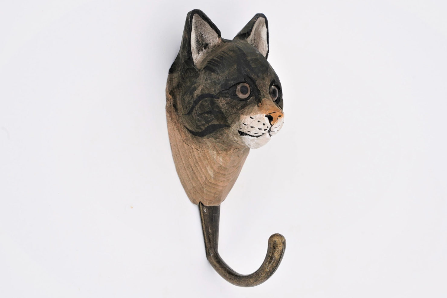 HAMDCARVED HOOK HOUSE CAT - WILDLIFE GARDEN