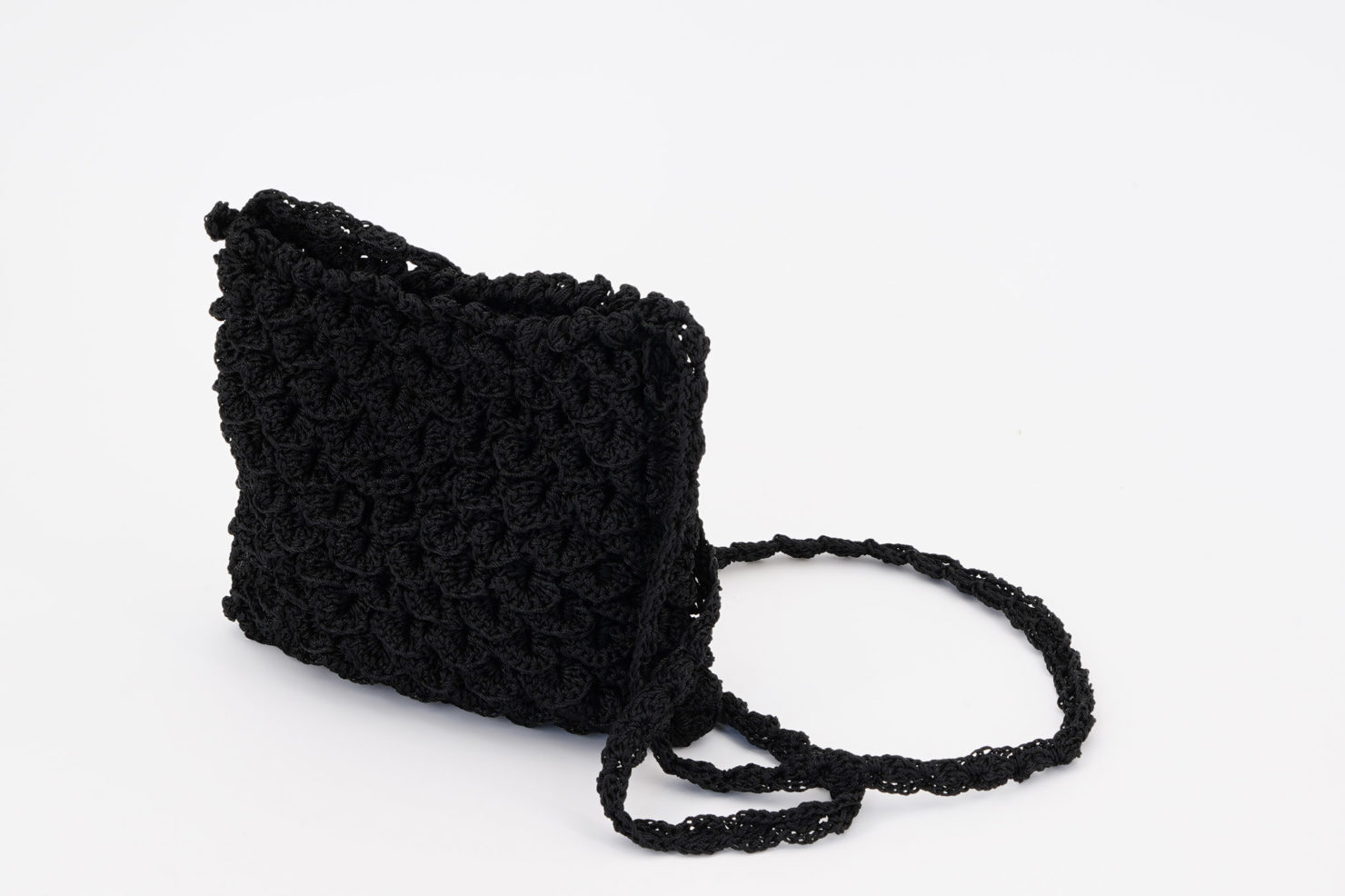 HAND MADE CROCHETED SHOULDER BAG SMALL BLACK