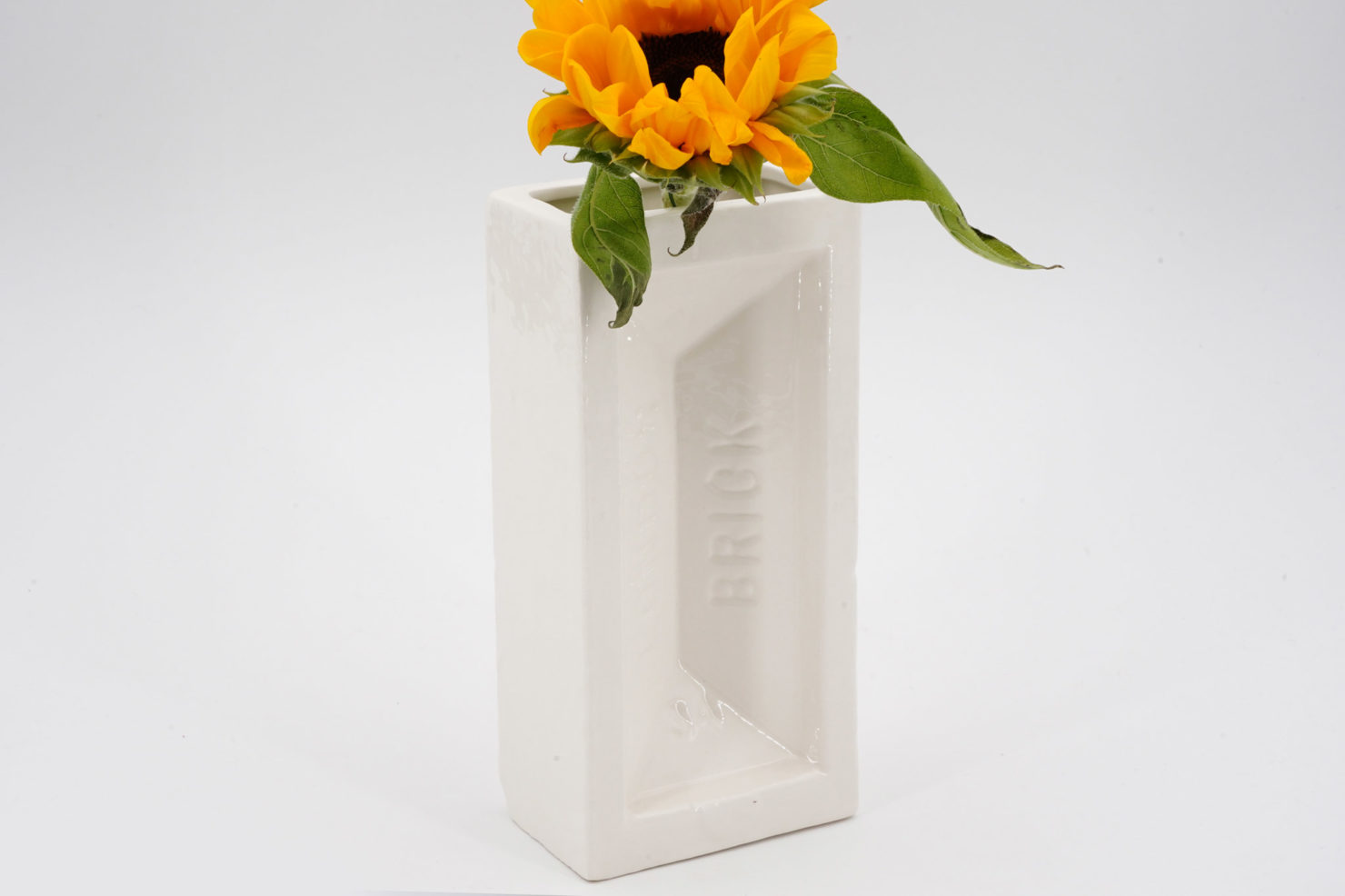 BRICK VASE WHITE - STOLEN FORM