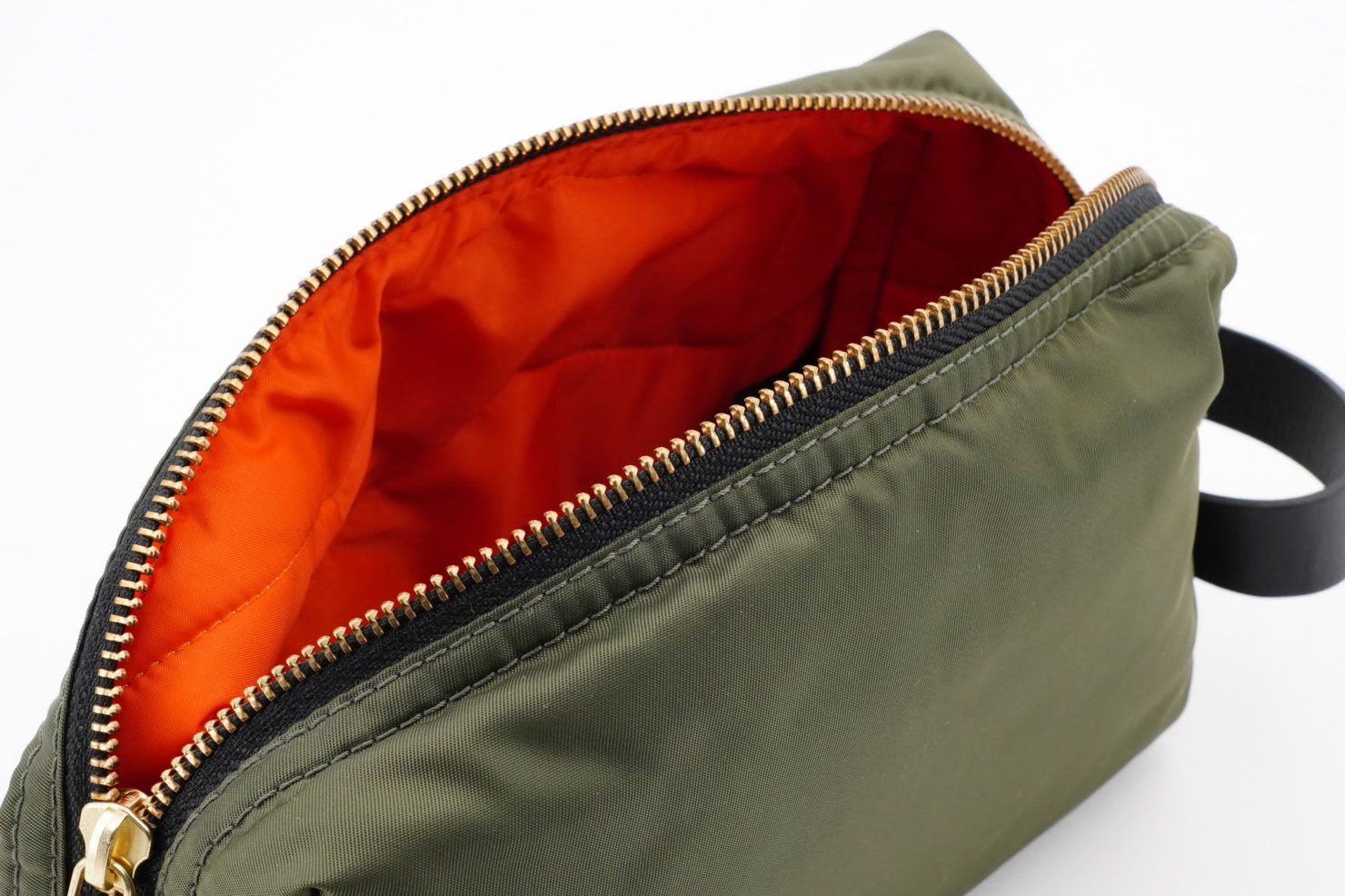 CAMO BOMBER TRAVEL CASE-WOUF
