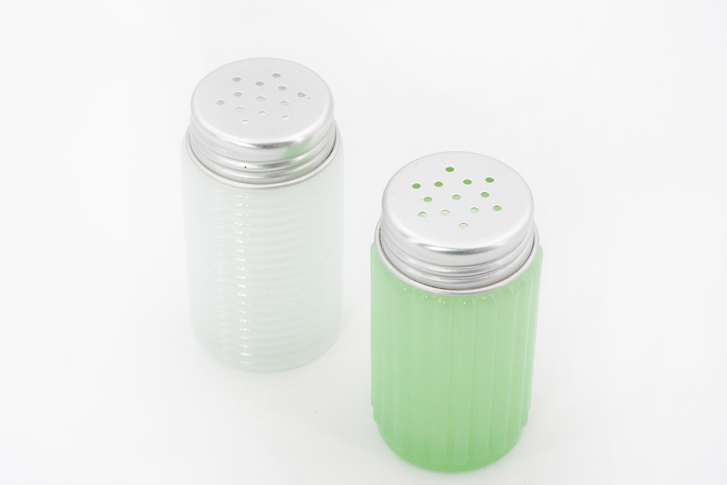 GREEN AND WHITE SALT AND PEPPER - SERAX