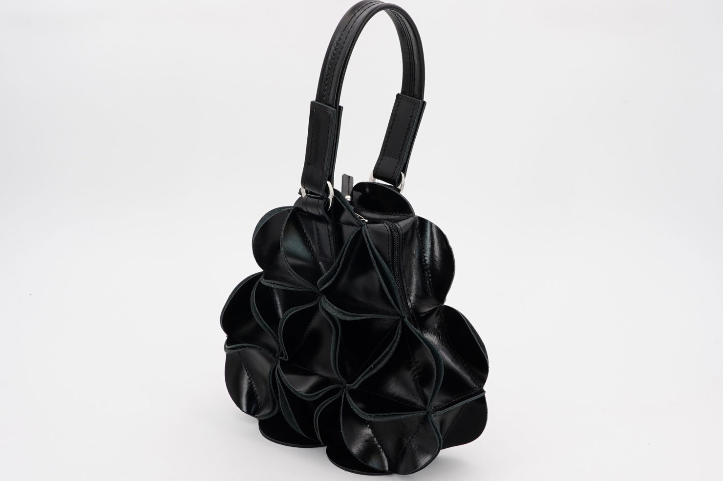 BLOSSOM TRIANGLE LEATHER HANDBAG S BLACK GOODJOB