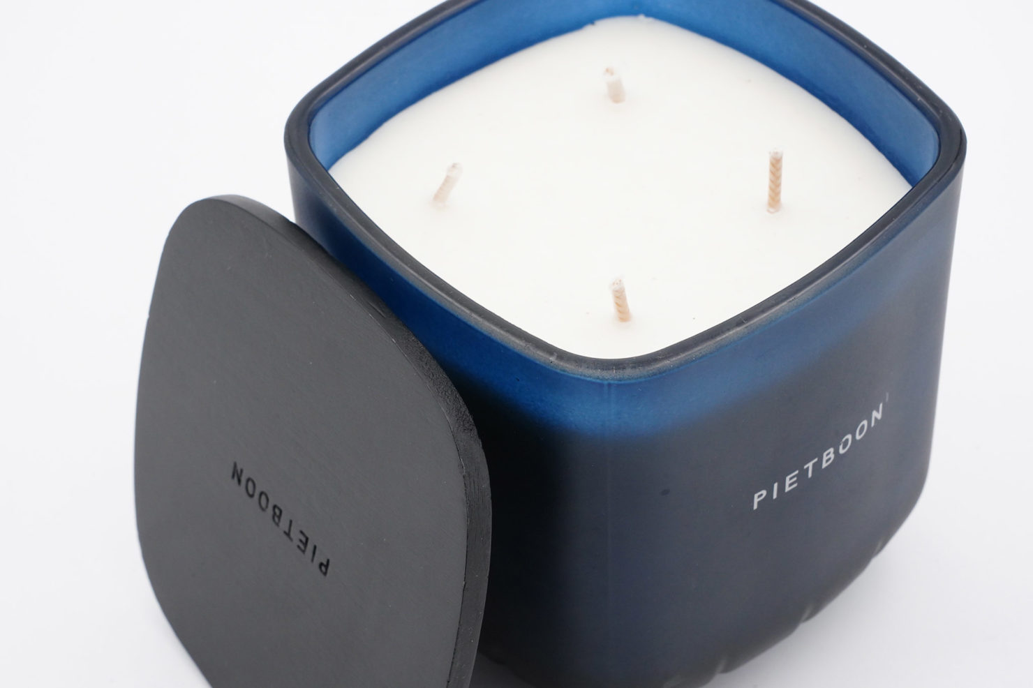 BLUE PARFUMED CANDLE - SERAX