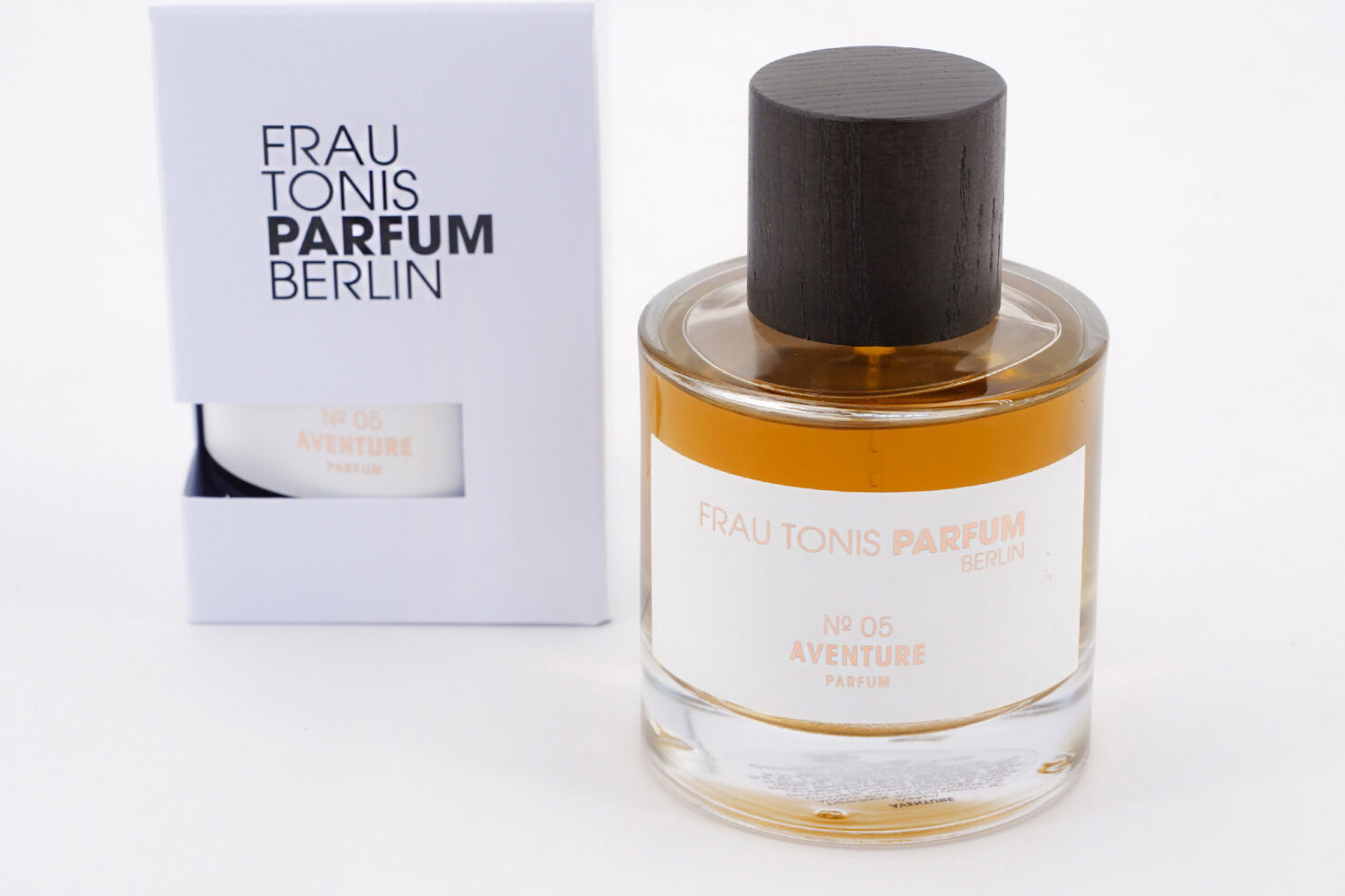ADVENTURE PARFUM N°05 50-100 ML - FRAU TONIS BERLIN