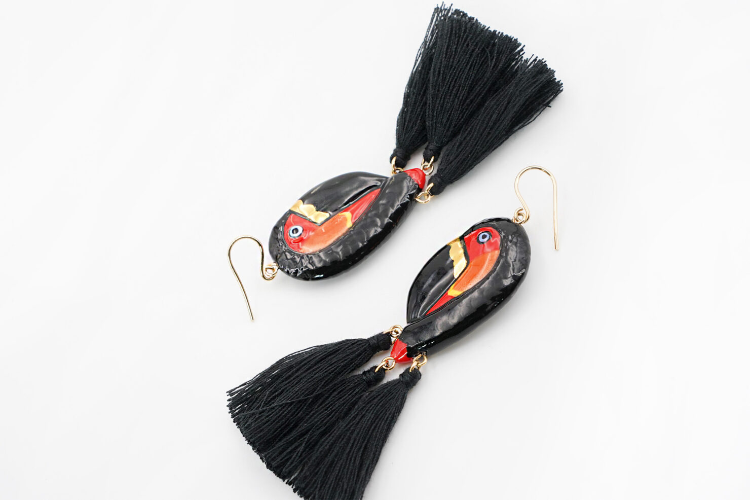 BLACK&GOLD TOUCAN WITH POMPOMS EARRINGS - NACH