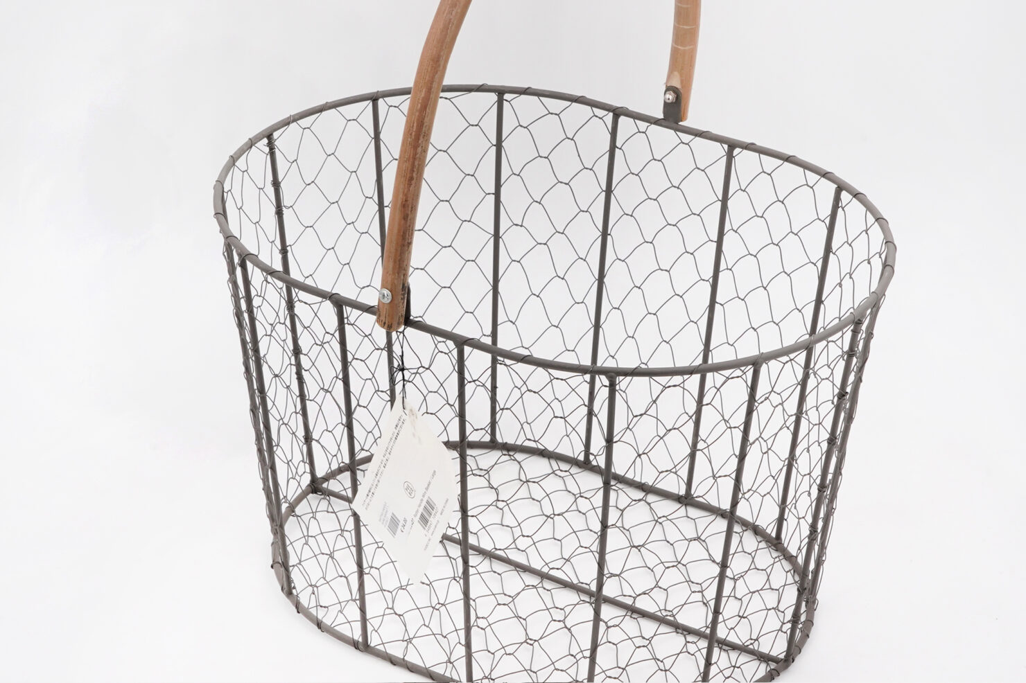 RATTAN HANDLE WIRE BASKET 1 - PUEBCO