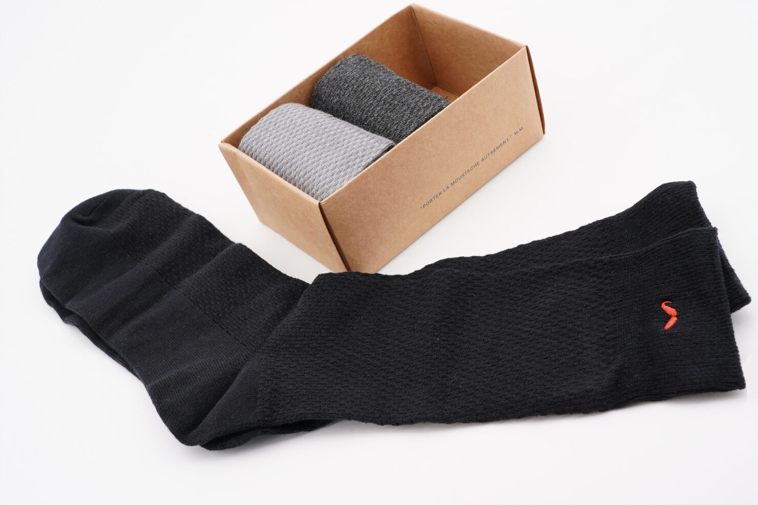 PACK OF 3 SOCKS - EMBOSSED BLACK AND GREY- M. MOUSTACHE